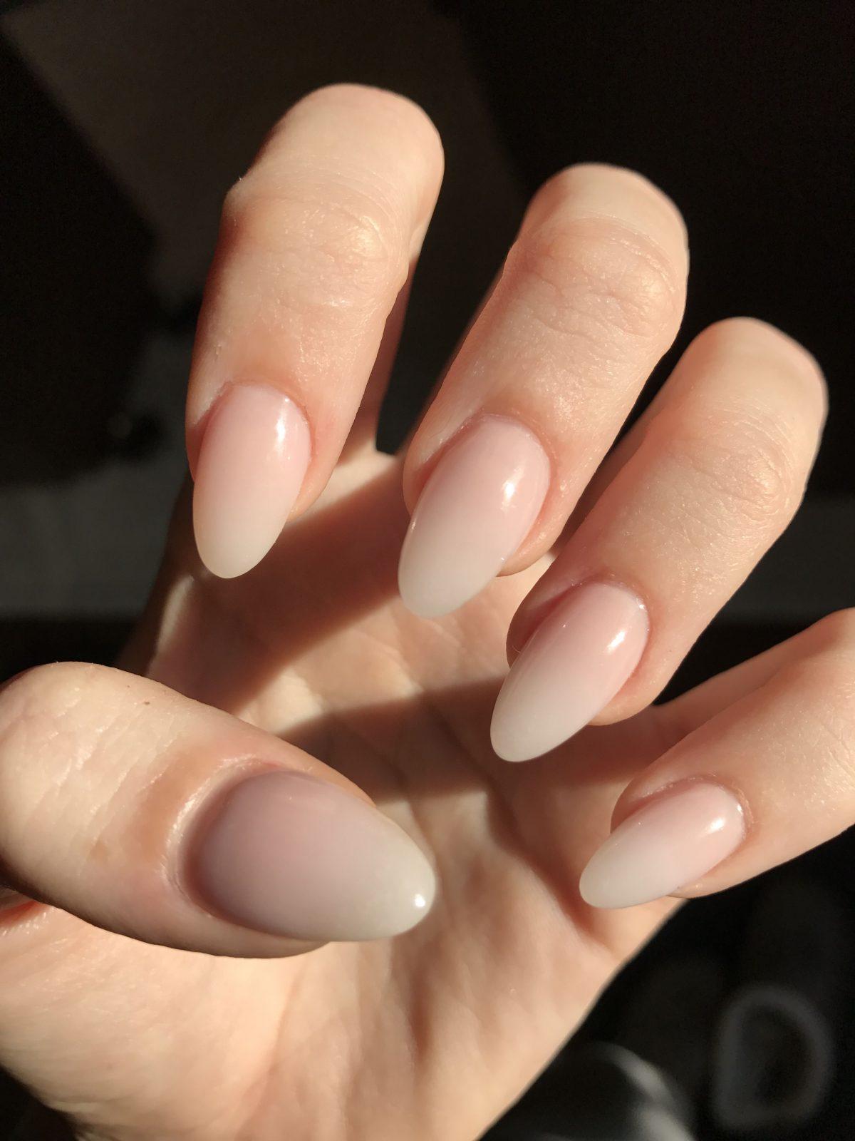 форма ногтей миндаль - пример 2