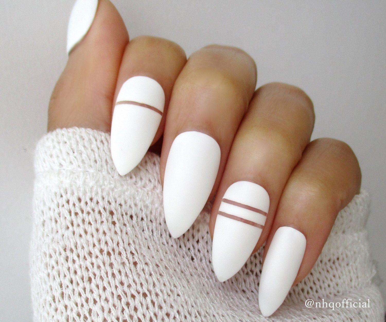 форма ногтей острый миндаль - пример 4