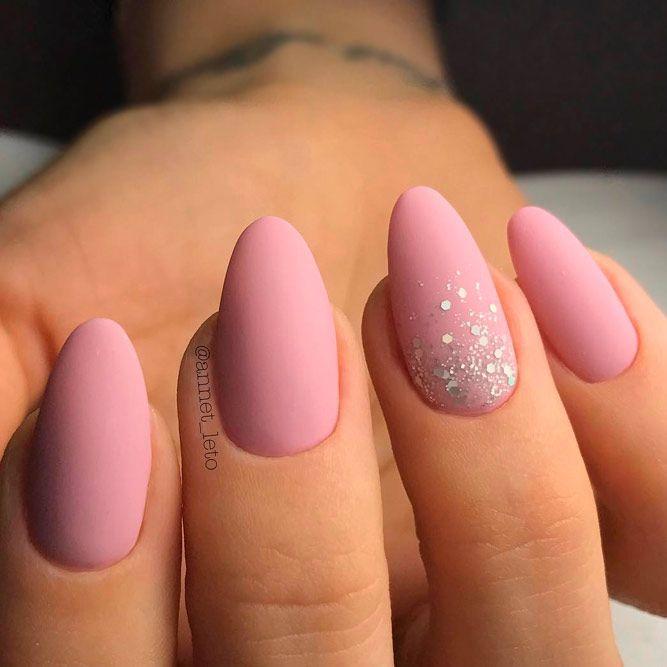 форма ногтей миндаль - пример 4