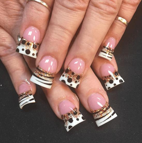 форма ногтей трапеция - пример 4